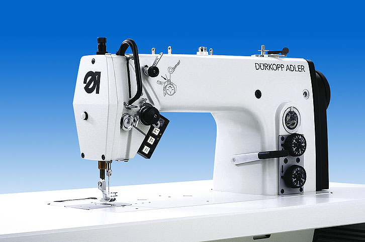 Single needle lockstitch machine with bottom feed and needle  feed for the universal use 272-140342