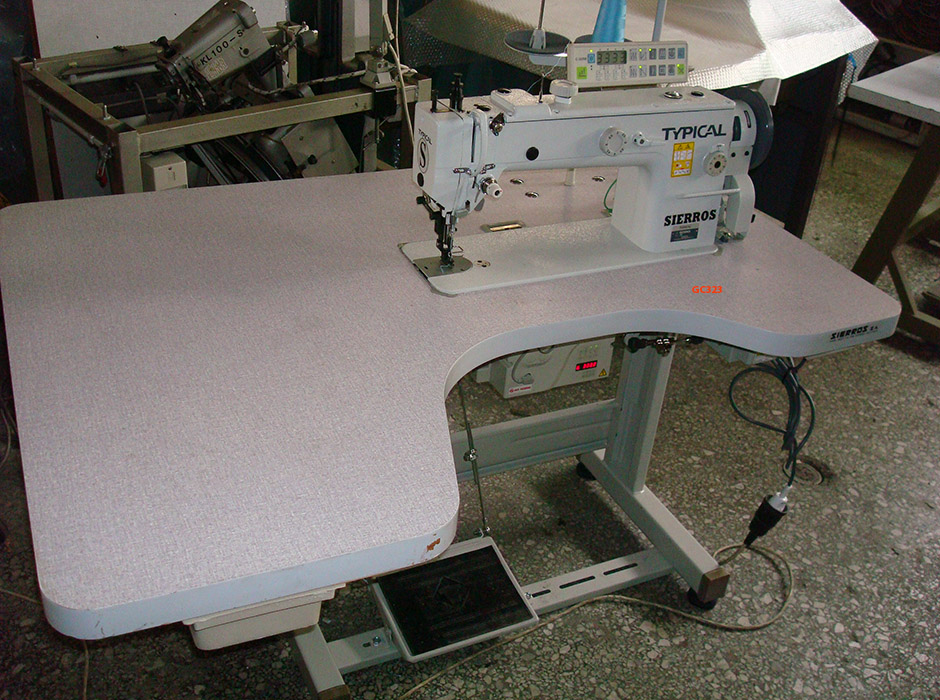 Lockstitch Sewing Machine with Drop and Alternating Top Feed with tread trimmer