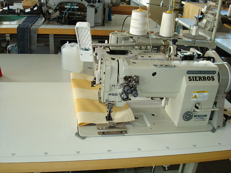 One and Two Needle Compound Feed Lockstitch Sewing Machine