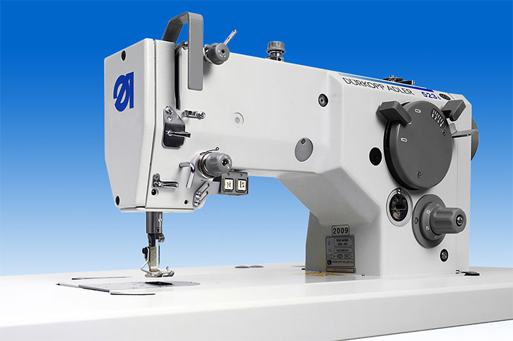 Single needle lockstitch zigzag machine with bottom feed, with automatic thread trimmer